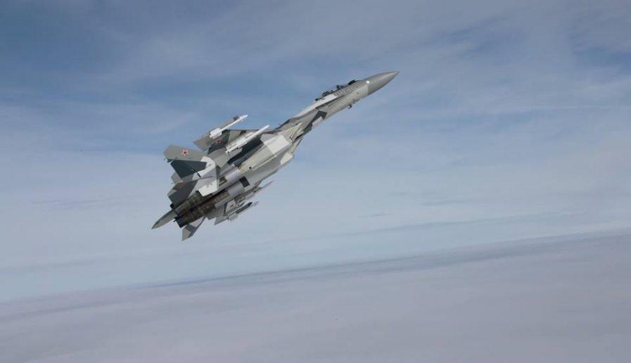 Run sợ trước tiêm kích Su-35 Nga, Israel không dám không kích Syria - Hình 1