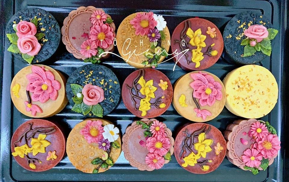 Trung thu đến sớm với mẻ bánh hoa nổi từ food blogger Tô Hưng Giang - Hình 2