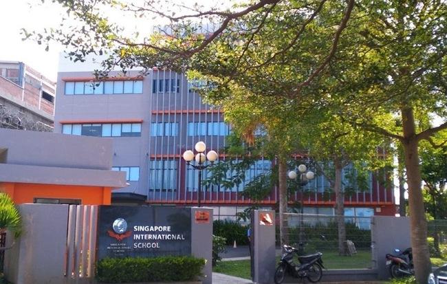 Trường Quốc tế Singapore lên tiếng sau khi đưa ra bản cam kết đưa đón học sinh khiến phụ huynh bức xúc - Hình 1