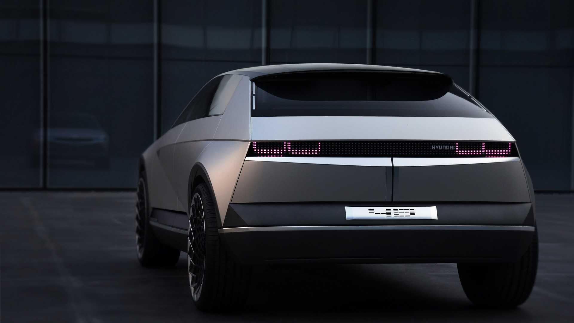 Xe ô tô điện nay mai của Hyundai sẽ hấp dẫn như thế này! - Hình 4