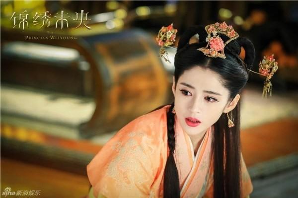 5 mỹ nhân đệ nhất thiên hạ trên màn ảnh Hoa ngữ: Thượng thần Dương Mịch bít cửa trước cô cô Lý Nhược Đồng - Hình 2