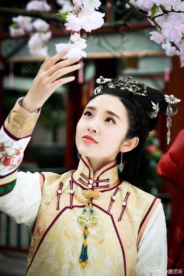 5 mỹ nhân đệ nhất thiên hạ trên màn ảnh Hoa ngữ: Thượng thần Dương Mịch bít cửa trước cô cô Lý Nhược Đồng - Hình 15
