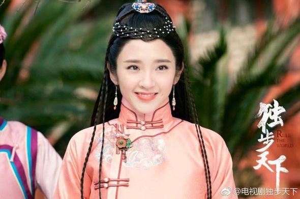 5 mỹ nhân đệ nhất thiên hạ trên màn ảnh Hoa ngữ: Thượng thần Dương Mịch bít cửa trước cô cô Lý Nhược Đồng - Hình 12