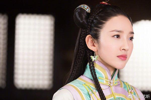 5 mỹ nhân đệ nhất thiên hạ trên màn ảnh Hoa ngữ: Thượng thần Dương Mịch bít cửa trước cô cô Lý Nhược Đồng - Hình 13