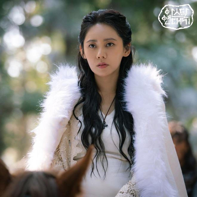 7 bóng hồng của Song Joong Ki ở Arthdal: Hết BLACKPINK, con lai Nga Hàn tới mỹ nhân Nhật đẹp nức lòng ai mà không mê - Hình 27