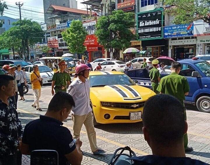 Chủ nhân xế sang bị CSGT Quảng Ninh dùng súng AK đập cửa, bắt giữ là ai? - Hình 1