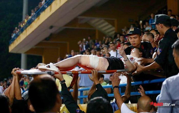 CLB Hà Nội sẽ bị treo sân nhà hết V.League 2019, phạt 90 triệu - Hình 1
