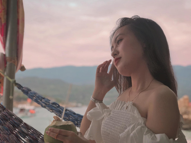 Cựu sinh viên ĐH Kiểm sát Hà Nội xinh chẳng kém gì hotgirl với nụ cười tỏa nắng nhìn là yêu - Hình 12