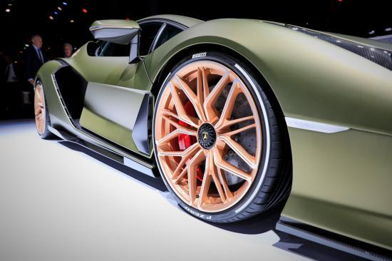 Frankfurt Motor Show 2019: Lamborghini trưng bày siêu phẩm Sian hoàn toàn mới - Hình 11