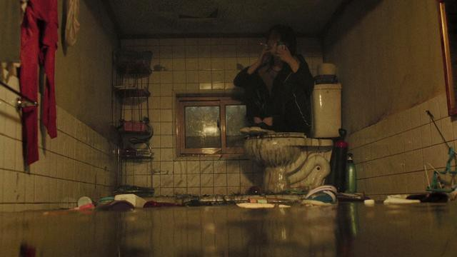 Giàu chưa chắc sướng nhưng nghèo auto khổ: Không tin thử nếm mùi 3 địa ngục trần gian ám ảnh bậc nhất phim Hàn sẽ rõ! - Hình 24