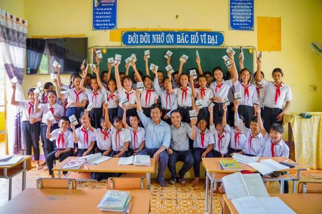 Hành trình từ Trái Tim đến với các em học sinh vùng sâu tỉnh Bình Phước - Hình 7