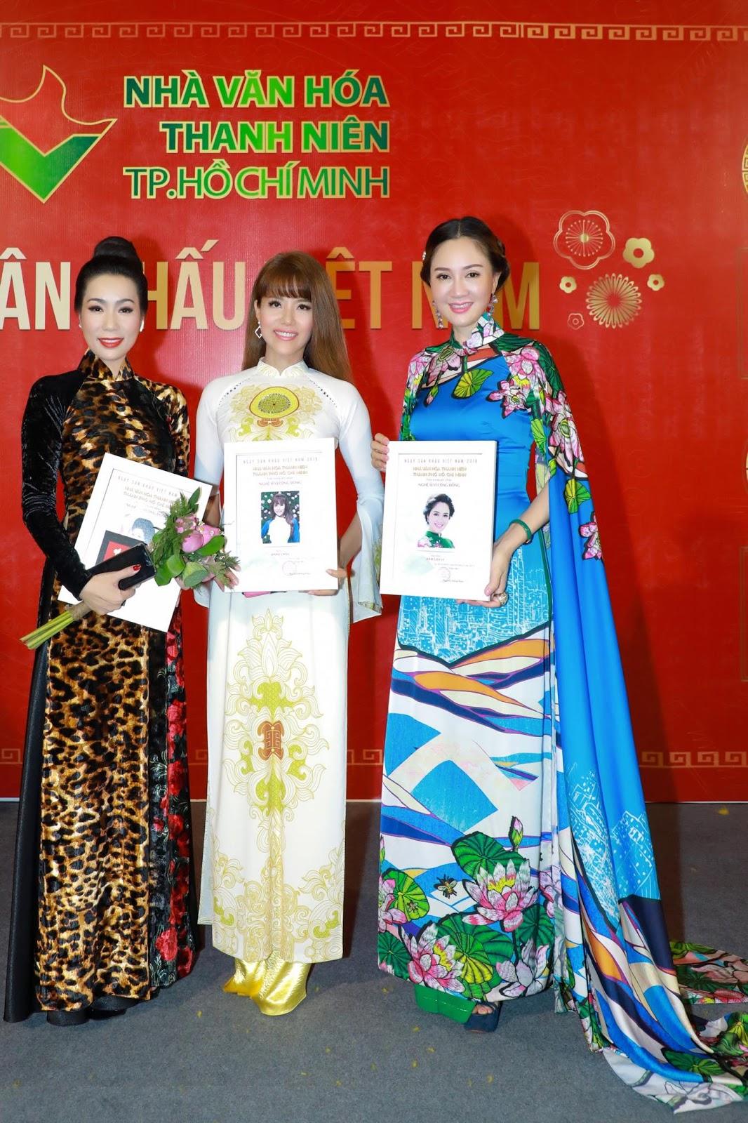 Hoa hậu Đàm Lưu Ly cùng dàn nghệ sỹ hướng về ngày giỗ Tổ sân khấu - Hình 7