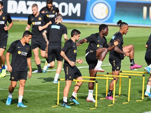 Inter Milan miệt mài tập luyện trong ngày Lukaku trở lại - Hình 11