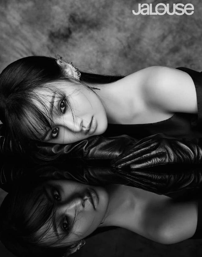 Lần đầu tiên trong sự nghiệp Trịnh Sảng chụp ảnh tạp chí thời trang: Nhan sắc và body đẹp nức nở giờ mới chịu hé lộ - Hình 6