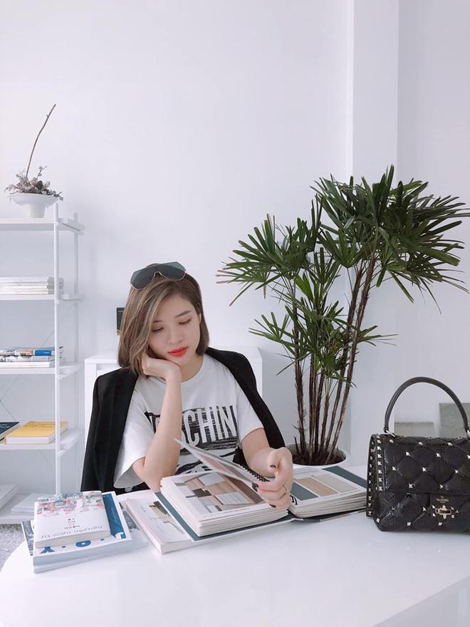 Loạt ảnh bikini gợi cảm của Hoa hậu Phan Hoàng Thu - Hình 2