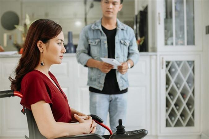 Người vợ bị cắm sừng trong phim Bán Chồng ngoài đời ăn mặc sành điệu ra sao - Hình 2