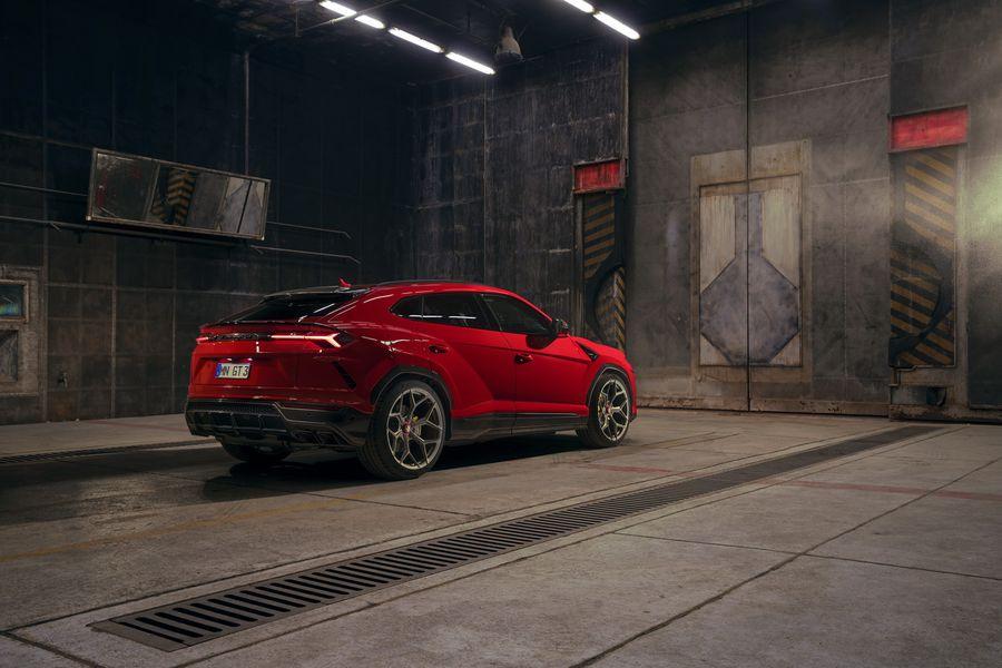Qua tay Novitec, Lamborghini Urus trông như thể một chiếc hatchback siêu khủng - Hình 2
