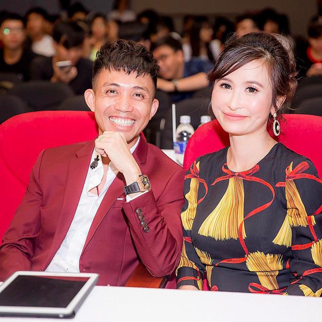 Soi điểm lạ trên gương mặt Mina Phạm khiến dân tình đồn đoán vợ 2 đại gia Minh Nhựa đã trải qua không ít cuộc dao kéo - Hình 7