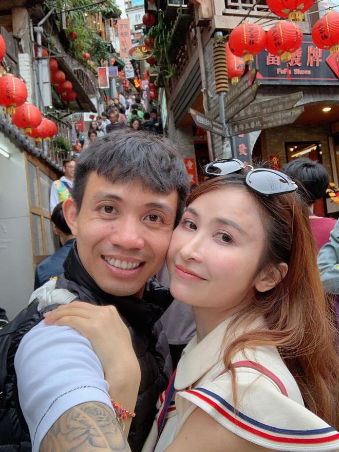 Soi điểm lạ trên gương mặt Mina Phạm khiến dân tình đồn đoán vợ 2 đại gia Minh Nhựa đã trải qua không ít cuộc dao kéo - Hình 11