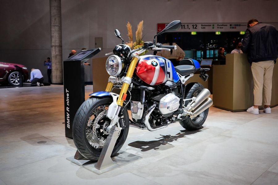BMW Motorrad mang loạt xe đến Frankfurt 2019, bao gồm cả Vision DC Roadster Concept - Hình 4