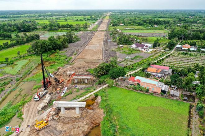 Thủ tướng yêu cầu minh bạch các dự án đầu tư cho sân bay Tân Sơn Nhất - Hình 2