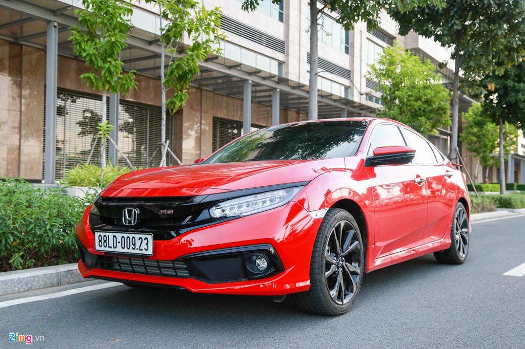 Mua sedan thể thao, nên chọn Honda Civic RS hay Hyundai Elantra Sport? - Hình 1