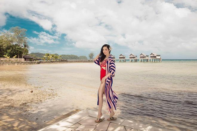 U50 Giáng My khoe hình thể gợi cảm với bikini táo bạo - Hình 4