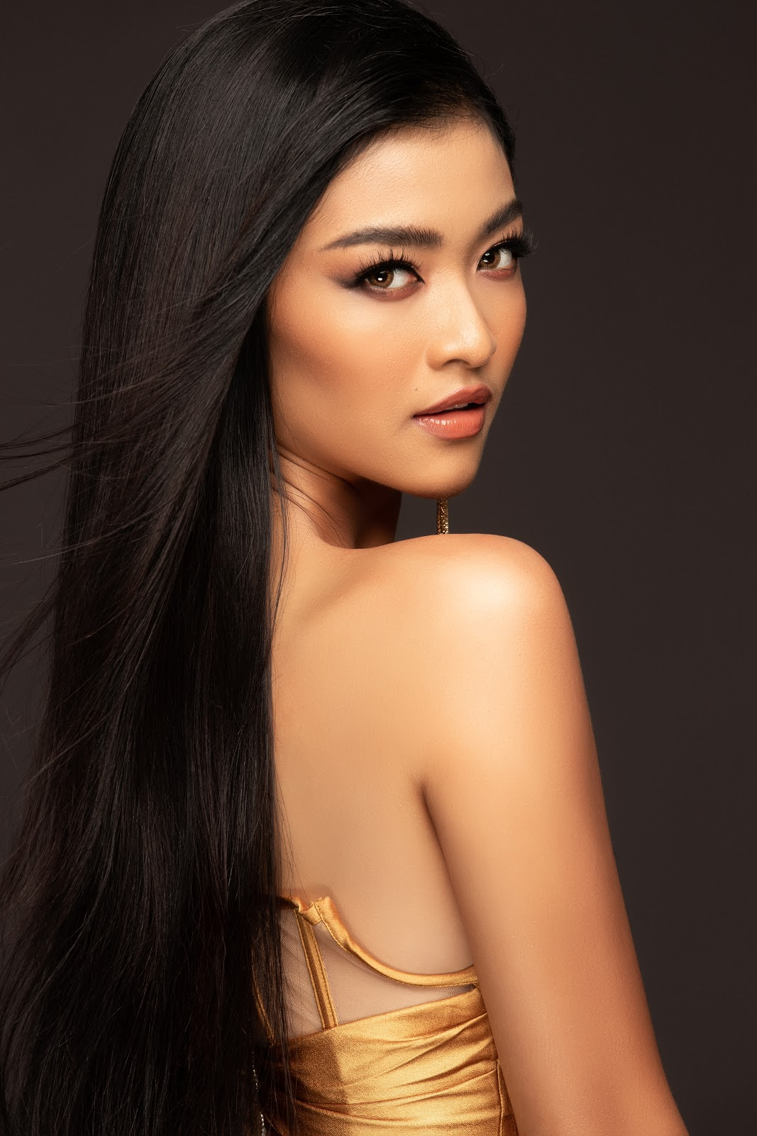 Á hậu Kiều Loan tung bộ ảnh chào sân Miss Grand International đầy quyến rũ  - Hình 3