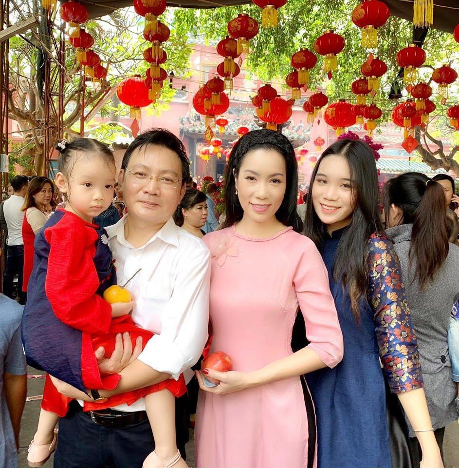 Kỷ niệm 19 năm cưới chồng Việt kiều, Trịnh Kim Chi đăng loạt ảnh ai xem cũng phải bồi hồi - Hình 7