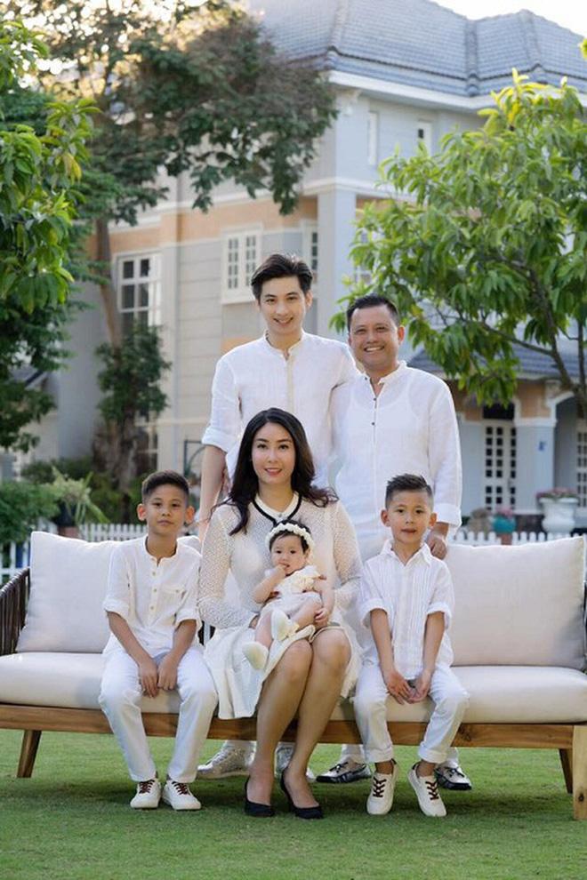 Hoa hậu có xuất thân khủng nhất Việt Nam: Cuộc đời long đong lận đận, trải qua sóng gió mới tìm thấy hạnh phúc - Hình 7
