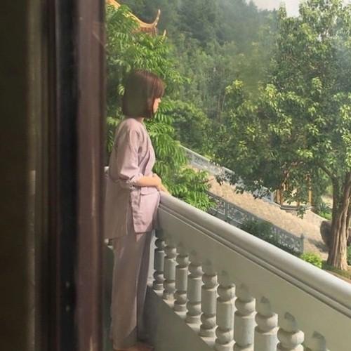 Hot mom Ly Kute: Từ cô gái ôm bụng bầu lên chùa tĩnh tâm vì bạn trai bỏ đến bà mẹ đơn thân chăm chỉ kiếm tiền, cho con học hẳn trường quốc tế - Hình 3