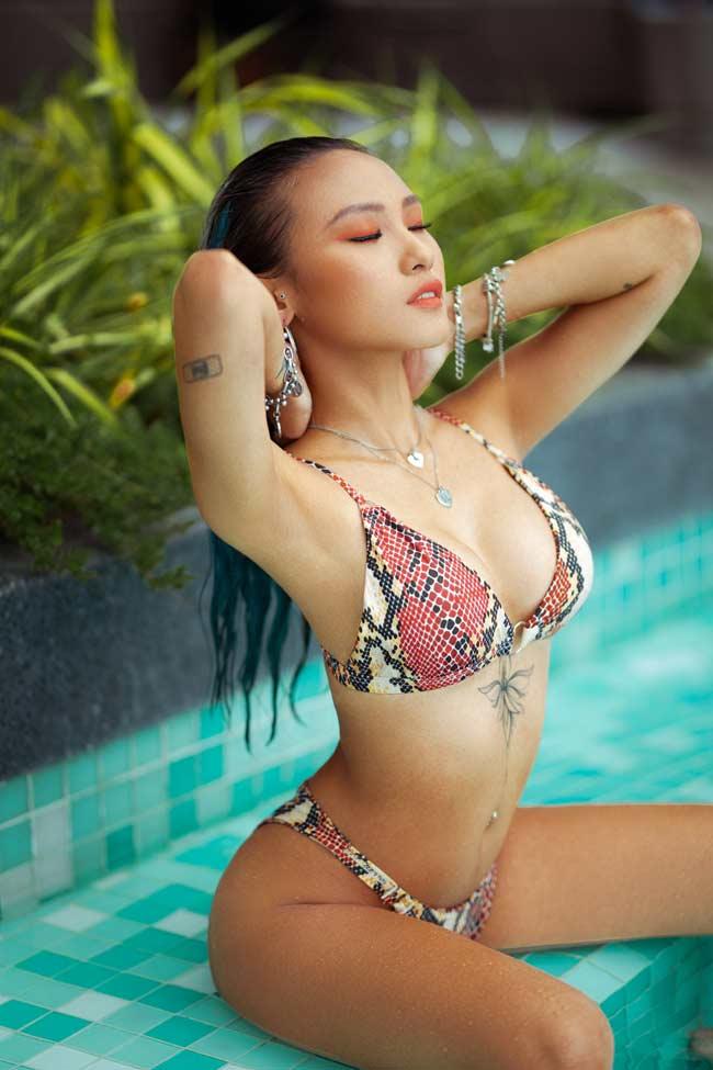 Ngoài đời các nữ DJ Việt còn mặc táo bạo hơn khi chơi nhạc - Hình 15