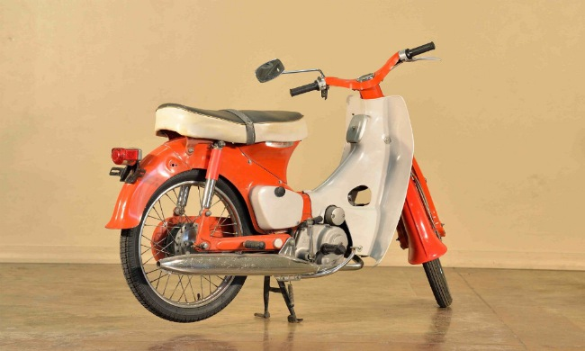 Huyền thoại 1966 Honda Super Cub 50 vẫn đẹp lung linh - Hình 2