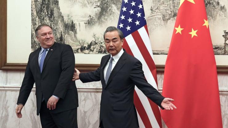 Nóng: Ngoại trưởng Trung Quốc vừa đấm vừa xoa Mỹ - Hình 1