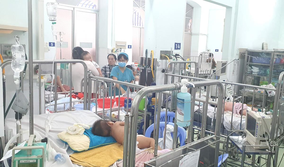 Lây lan bệnh dịch tay chân miệng - Hình 1