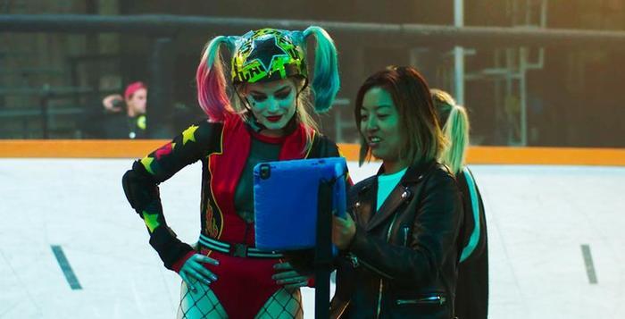 Nhà sản xuất Birds of Prey tiết lộ hình ảnh Harley Quinn khoác lên bộ trang phục mới! - Hình 1