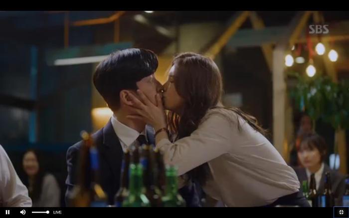 Phim Vagabond tập 4: Không phải Lee Seung Gi người Suzy yêu lại là Shin Sung Rok, chủ động tỏ tình bằng nụ hôn? - Hình 33