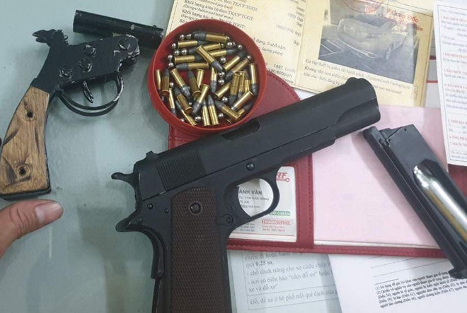 Ngăn chặn kịp thời 3 người mang súng giải quyết mâu thuẫn - Hình 1