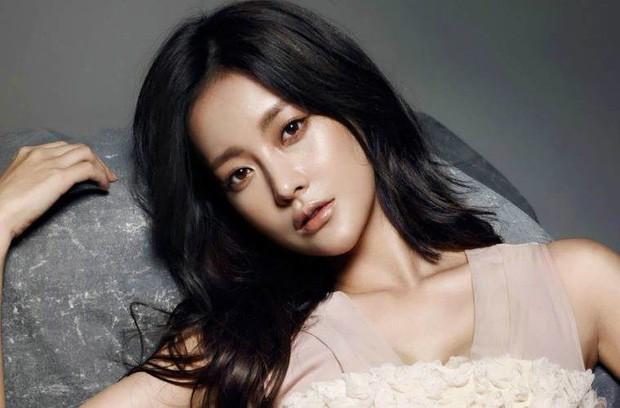 Sự nghiệp drama của Goo Hye Sun - Ahn Jae Hyun: Vợ chết vai Vườn Sao Băng, chồng bao nhiêu năm vẫn vô danh? - Hình 8
