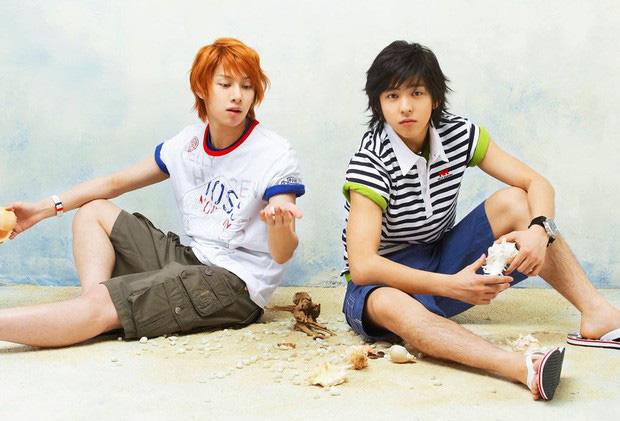 4 năm sau khi rời Super Junior, cựu thành viên Kibum mới tái ngộ đàn anh Heechul trên show thực tế - Hình 2