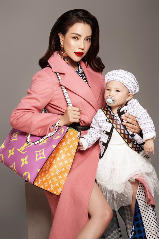 Trà Ngọc Hằng làm mẫu cùng con gái - Hình 2