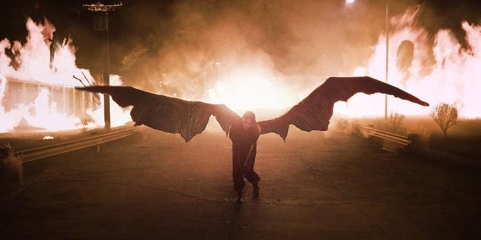 Xem ngay MV mới của Billie Eilish: Tuyệt phẩm All The Good Girls Go To Hell khiến khán giả khó giữ bình tĩnh - Hình 2