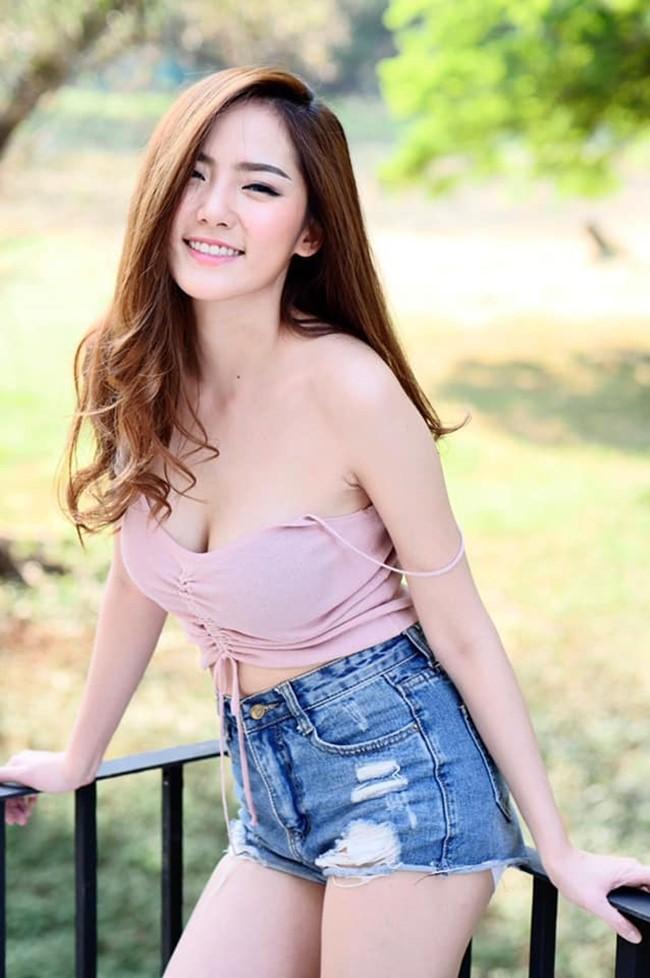 Hot girl quyến rũ bậc nhất Thái Lan mặc áo dây đẹp thứ 2 thì ít ai tranh số 1 - Hình 12