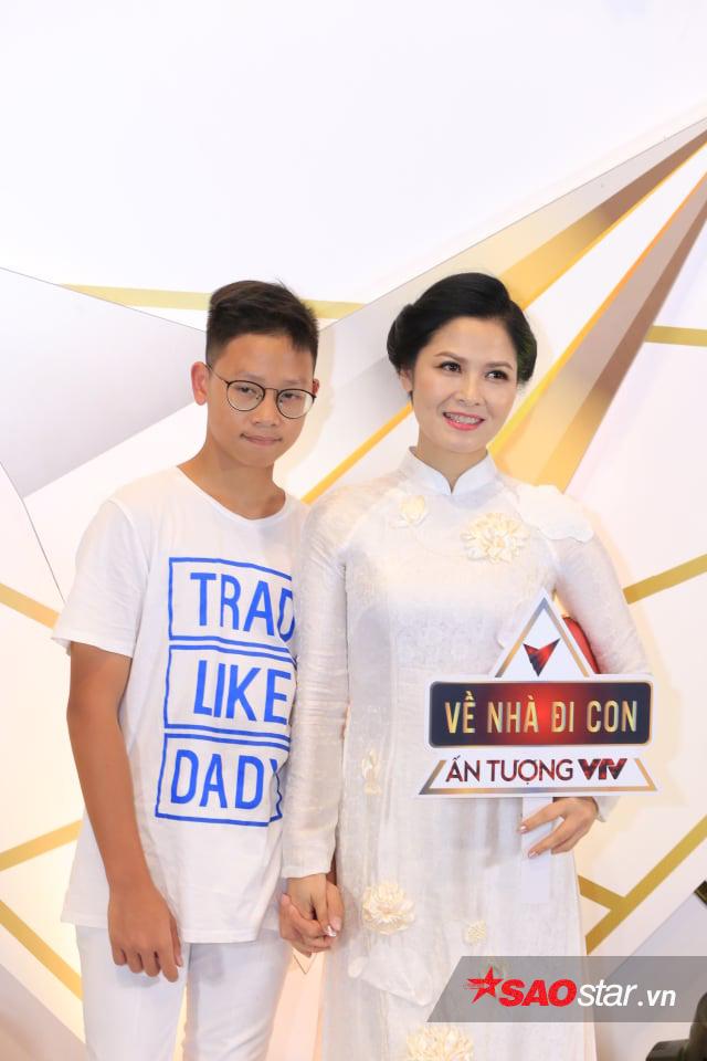 Quỳnh búp bê trở lại, Bảo Thanh, Nhã Phương cùng dàn sao nữ đọ sắc trên thảm đỏ VTV Awards 2019 - Hình 14