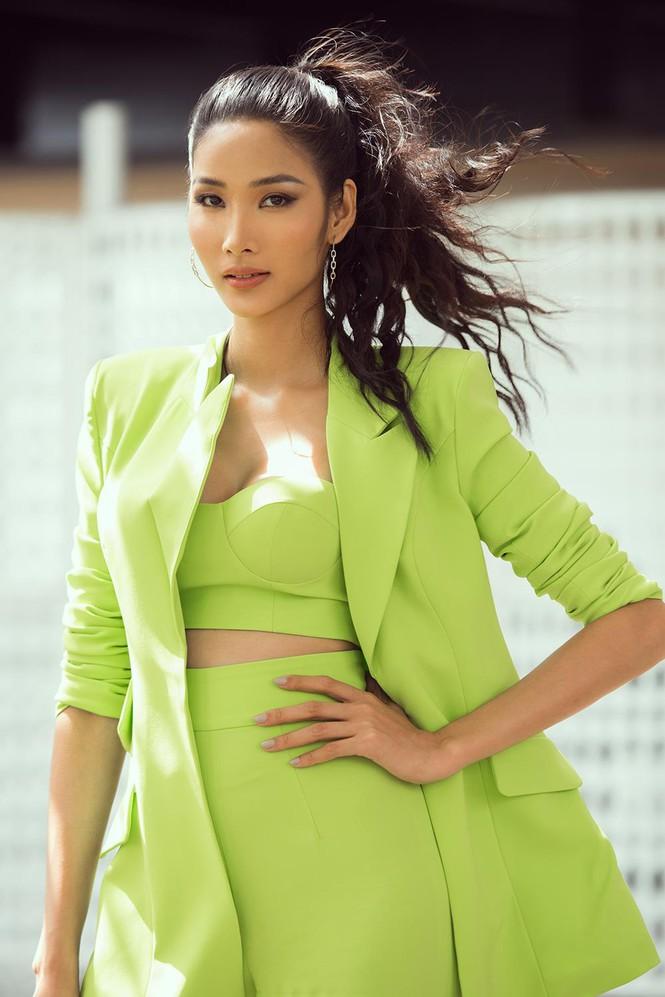 Bị đồn nâng cấp vòng 1, Hoàng Thùy hạ quyết tâm: Tôi sẽ mang vương miện Miss Universe về Việt Nam - Hình 1