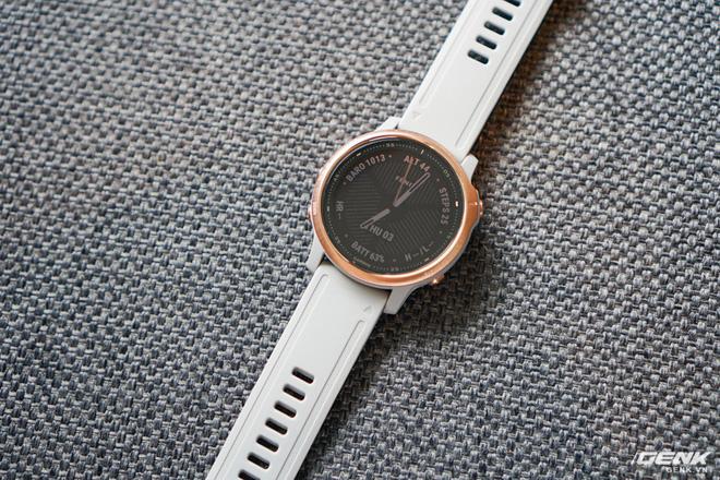 Cận cảnh Garmin Fenix 6X Pro Solar: Smartwatch đầu tiên nạp pin bằng năng lượng Mặt Trời, giá lên đến gần 29 triệu đồng cho bản cao cấp nhất - Hình 24