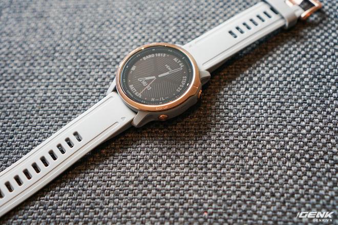 Cận cảnh Garmin Fenix 6X Pro Solar: Smartwatch đầu tiên nạp pin bằng năng lượng Mặt Trời, giá lên đến gần 29 triệu đồng cho bản cao cấp nhất - Hình 23