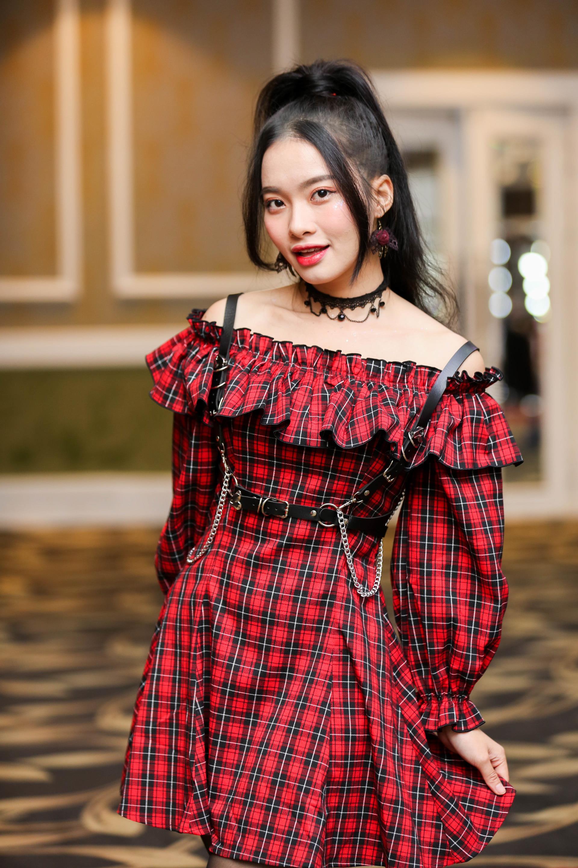 Những nữ thần thế hệ mới SGO48 diện trang phục nổi bật tại sự kiện bắt tay fan tại Hà Nội - Hình 6