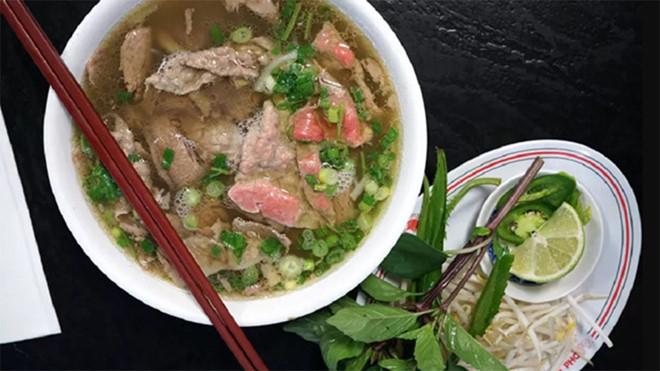 Phở Việt kiều Mỹ nấu là phở ngon nhất, ngon hơn phở danh tiếng Hà Nội? - Hình 1