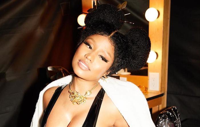 Sau phát ngôn giải nghệ, Nicki Minaj bị phanh phui đang làm nhạc mới trong phòng thu - Hình 4